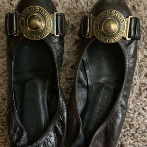 Real leather Burberry flats